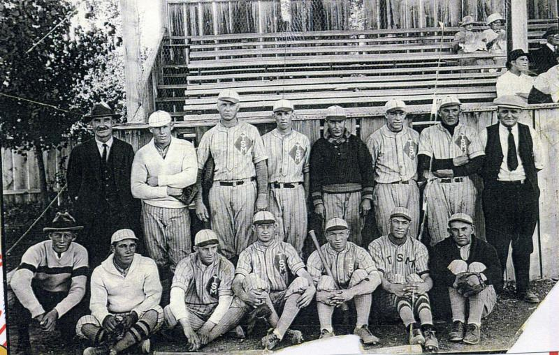 Right front corner Hyrum Dellwin Steele  base ball photo