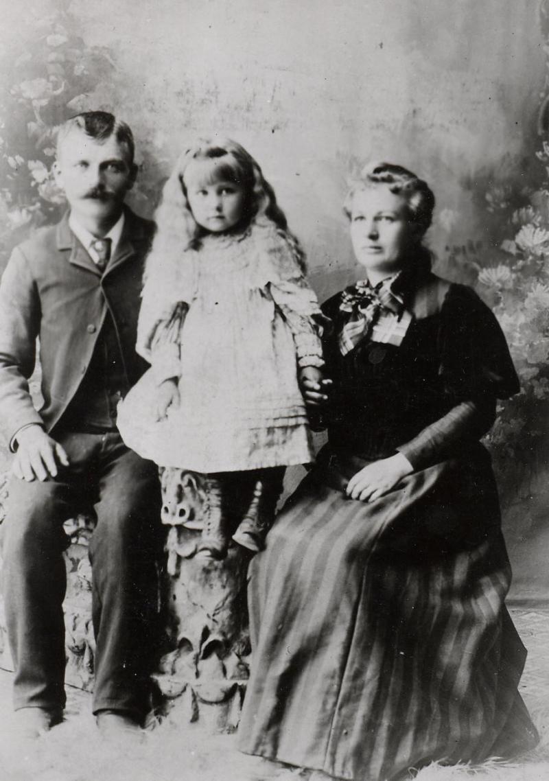 Niels Peter Johnson, Eldora Catherine Johnson and Olga Caroline Winkler