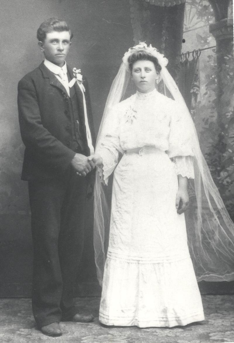 Heinrich (Henry) Wiebe, Magdalena Remboldt wedding photo