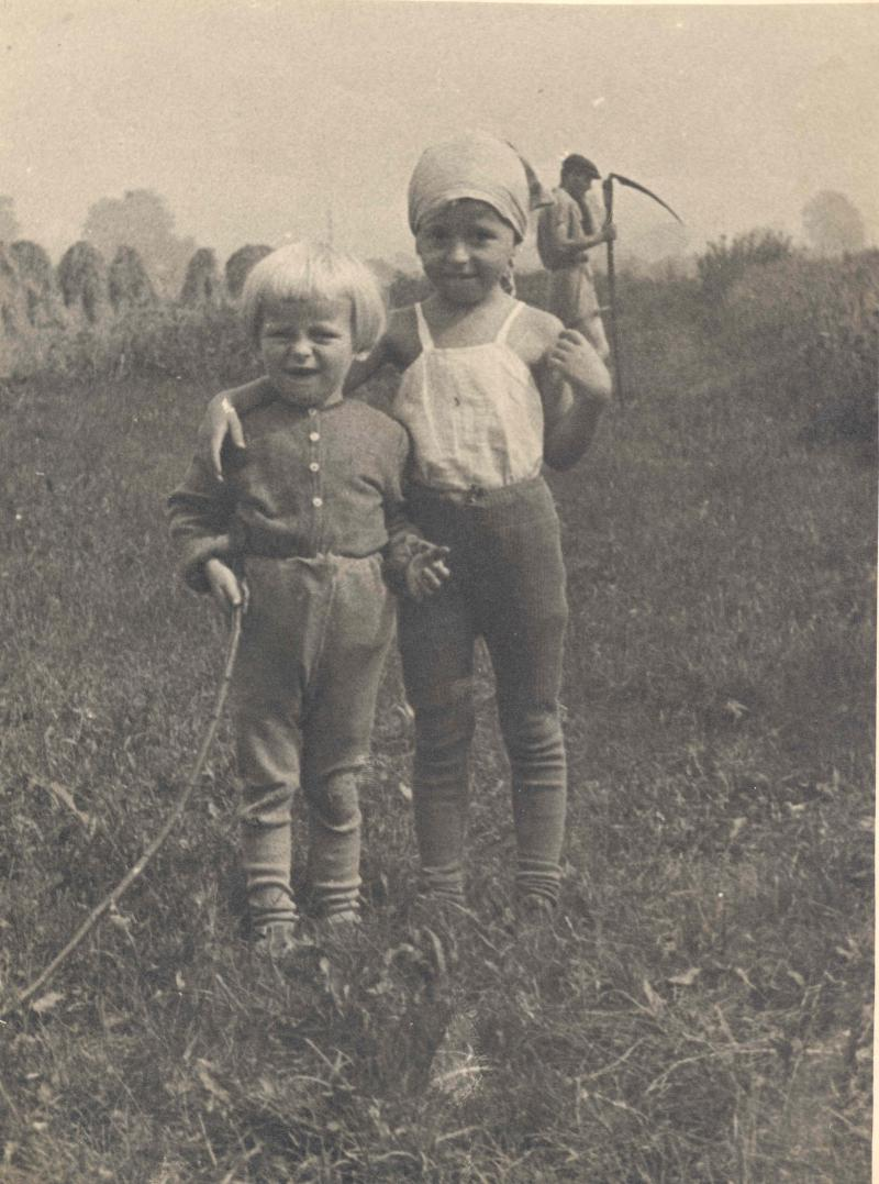 Bernard Pyšňák Jr. and Jana Pyšňáková abt 1954