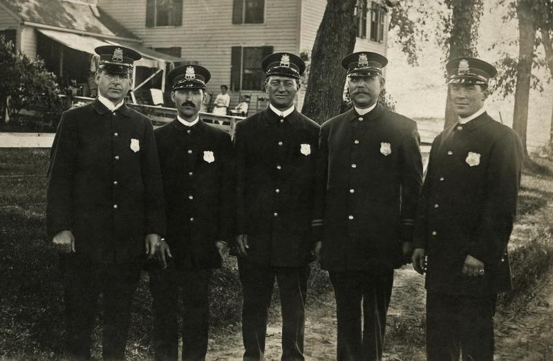 1923 (abt) John Melin with other police officers
