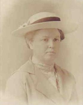 Lorilla Spencer and hat