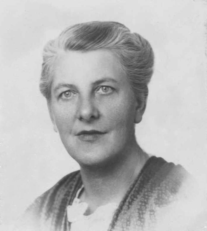 Maria Augusta Kutschera salary