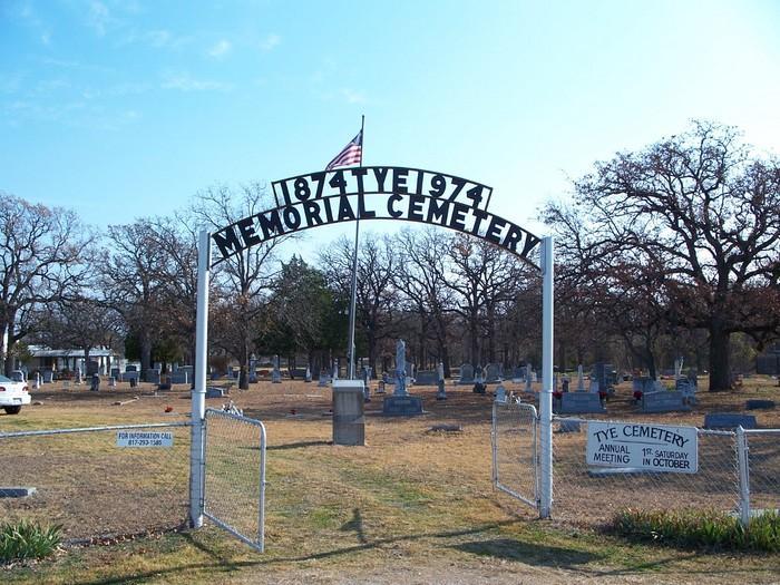 Tye Memorial Cemetery.  Oak Grove Tye Cemetery.